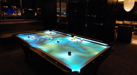 Obscura Cuelight Pool table